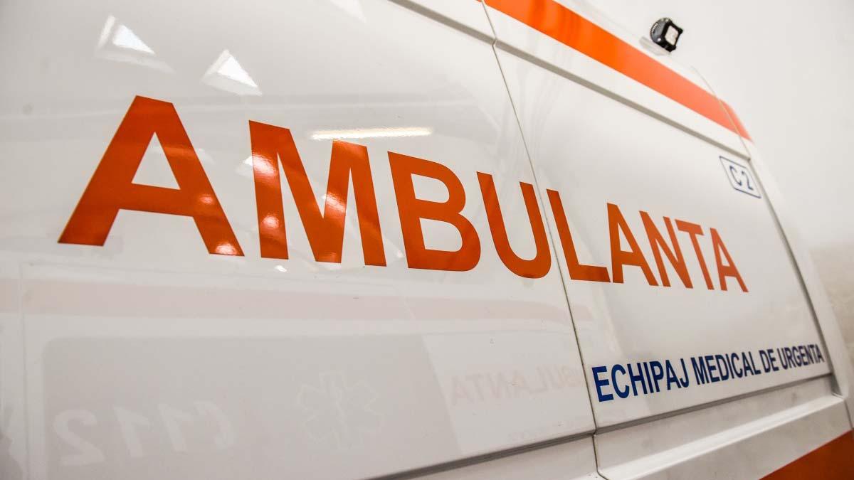 O fetiţă în vârstă de 8 ani din judeţul Iaşi a fost ranita intr-un accident in care au fost implicate 3 autoturisme pe DN14