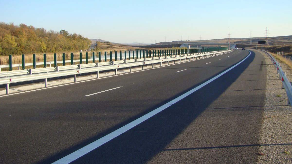 """Lider PNL la Iasi: """"Cu lanțurile mă leg și pentru A8, și pentru A7 dacă nu începe construcția de autostrăzi în Moldova"""""""