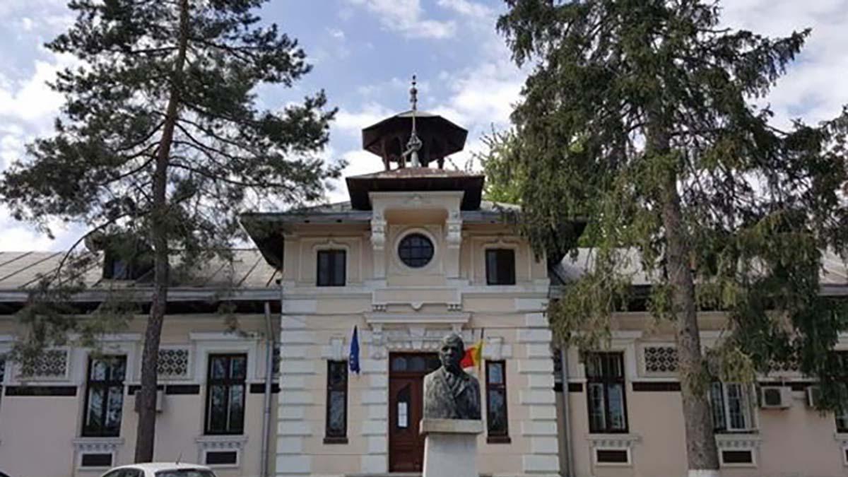 Focar de COVID-19 la Institutul de Psihiatrie Socola, unde un angajat şi şapte pacienţi au fost depistaţi pozitiv
