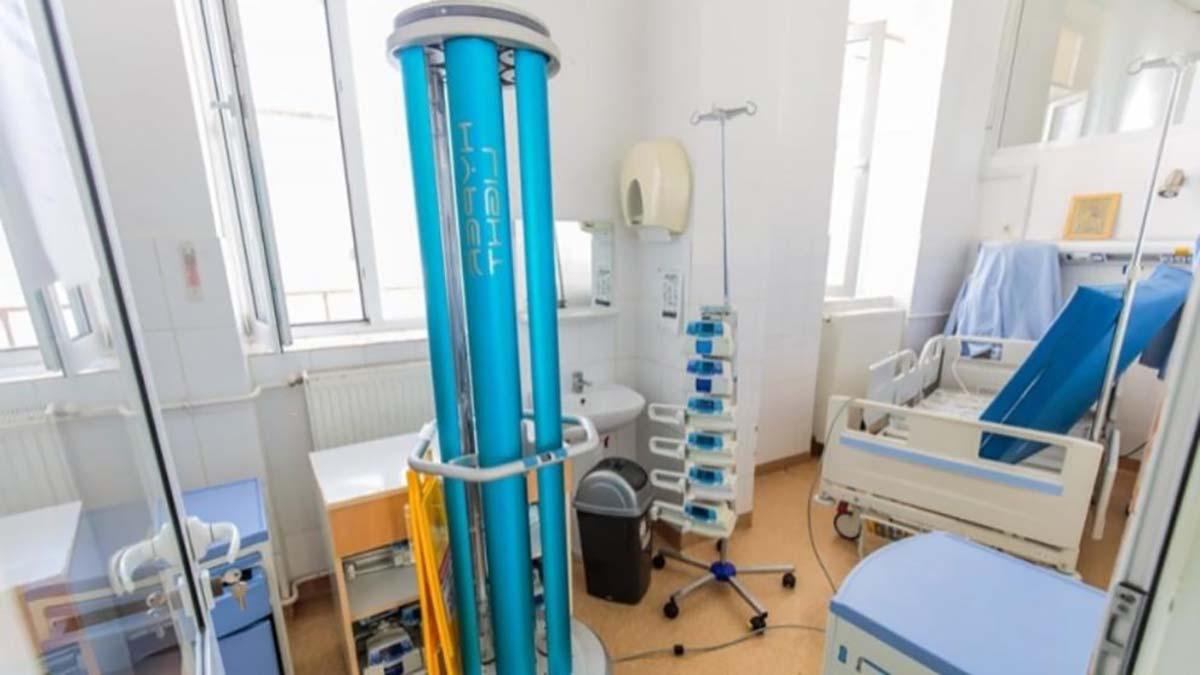 Dezinfecție cu ajutorul unui robot de ultimă generație la Spitalul de Boli Infecțioase din Iași