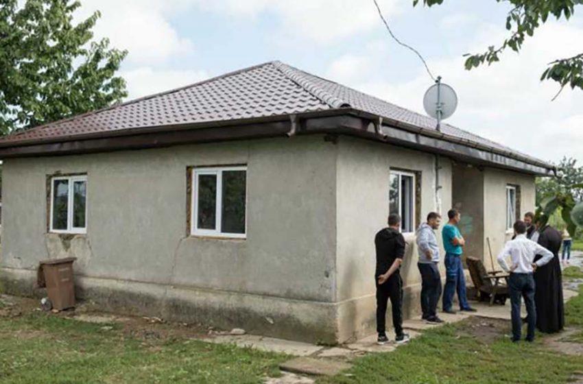 Asociatia Pro Vita Iași renovează casa unei familii cu zece copii