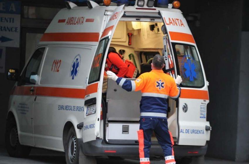 Un militar în vârstă de 43 de ani înjunghiat pe stradă a ajuns în stare gravă la Spitalul 'Sf. Spiridon'